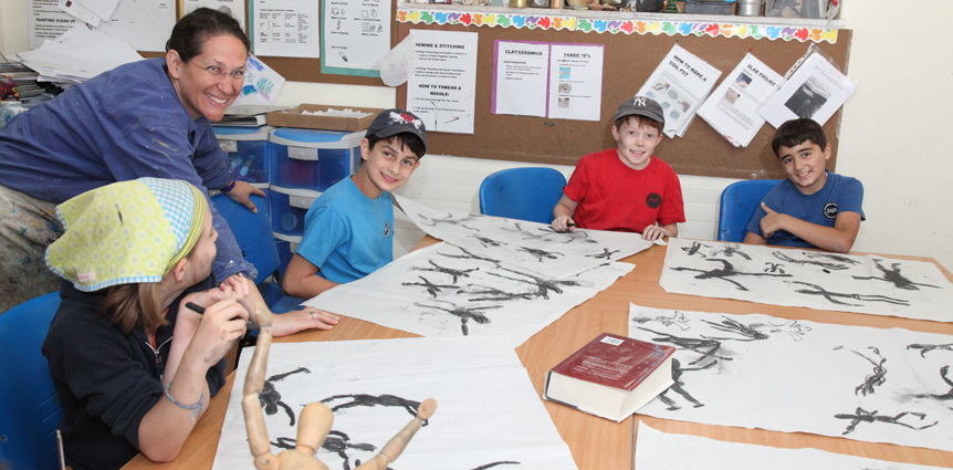 Image of Art Lesson at JAIS